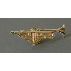 Pin with Trumpet in gold color